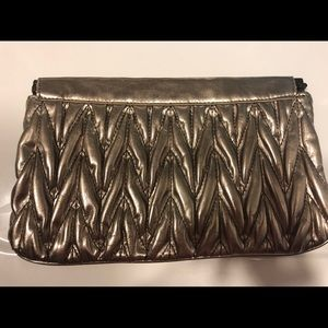 Silver color clutch !